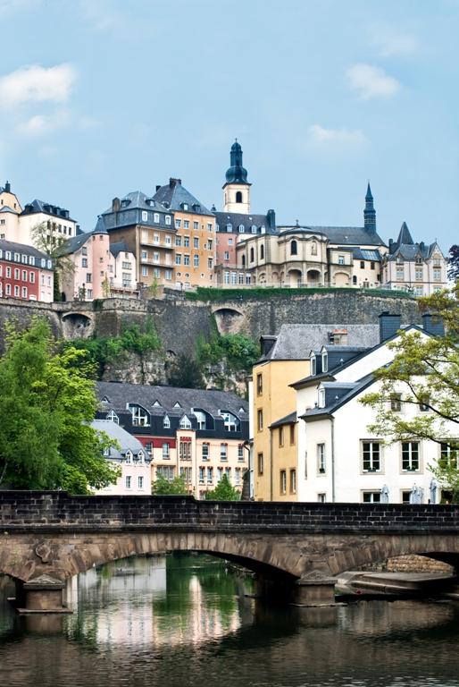luxemburg cr dit agricole cib. Black Bedroom Furniture Sets. Home Design Ideas